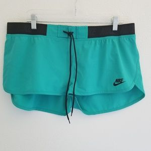 Nike Women's Surf Board Shorts Size XL